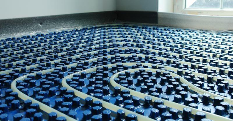 Fußbodenheizung Noppenplatten