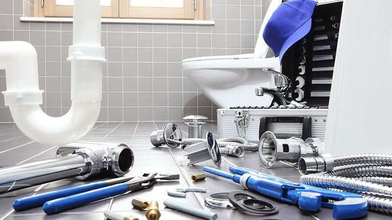 Teile für Wasser- und Elektroinstallation